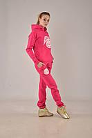 Женский модный малиновый зимний прогулочный костюм от UGG® Australia