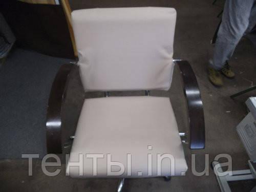 Пошиття чохла на сидіння для перукарні