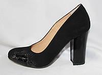 Женские туфли на каблуке из натуральной замши