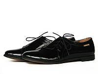 Туфли женские с боковой шнуровкой из кожи с лаковым блеском, фото 1