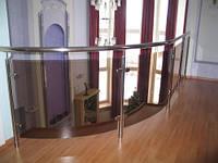 Ограждение со стеклом и нержавеющей стали