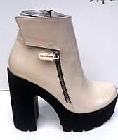 Ботинки женские Sofis лаковая натуральная кожа на толстом каблуке So0077