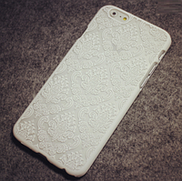 Белый пластиковый ажурный чехол для Iphone 6/6S