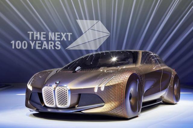 Концепт BMW Vision Next 100