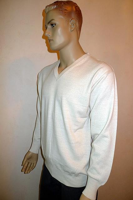 Пуловер  c V-образным вырезом White House