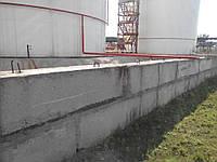 Производство и монтаж : Резервуарный парк, ограждающая стена из бетонных блоков, технологические трубопроводы