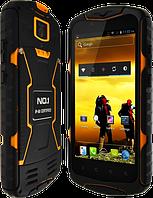 "NO.1 X-men X1, IP68, GPS, 13 Mpx, память 8 GB, ОЗУ 1 GB, 5800 мАч, Android 4.4, 3G, дисплей 5"", 4 ядра."
