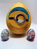 Большое яйцо-сюрприз с игрушками Миньон
