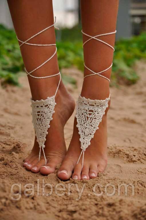 В'язаний пляжний аксесуар для ніг