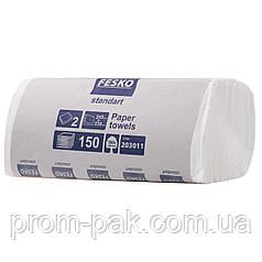 Белые бумажные полотенца в пачках Fesko