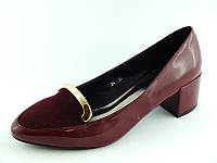 Женские очень удобные туфли на не большом каблуке