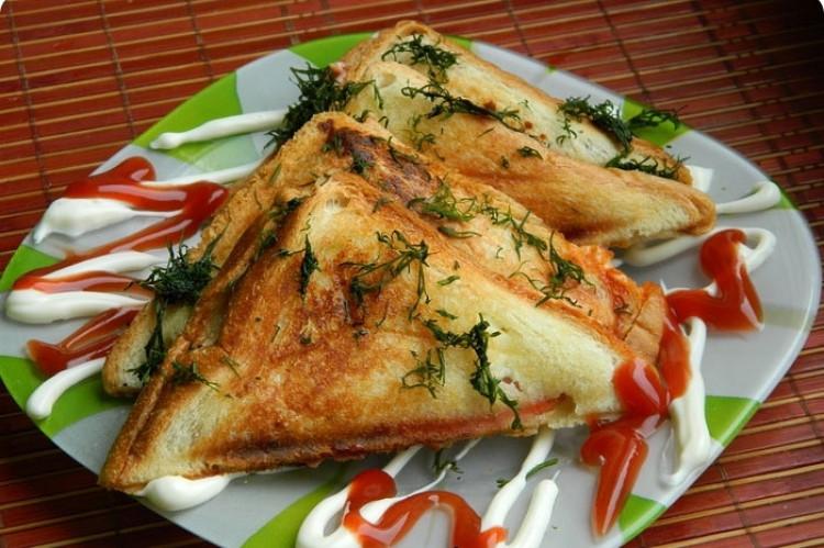 Бутербродница сэндвичница A-Plus 2036 3