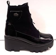 Ботинки женские на тракторной подошве лаковые Uk0188