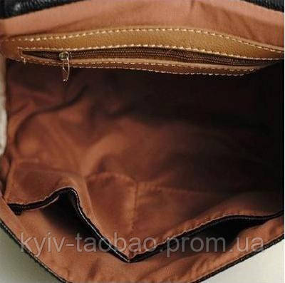 Женская сумочка на плече