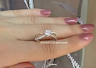 Элегантное серебряное кольцо с фианитами
