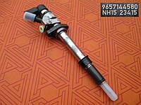 Форсунка топливная  для Fiat Scudo 2.0 Multijet.  Форсунки Siemens  9657144580 на Фиат Скудо 2.0 мультиджет.