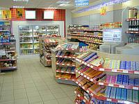 Новое торговое оборудование для магазина при АЗС с полками WIKO (ВИКО). Торговый стеллаж в магазин
