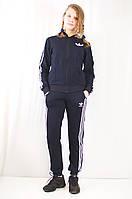 Модный женский спортивный костюм Adidas из ластика.