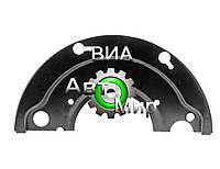 Щит заднего тормоза МАЗ (АМАЗ-104) 5440-3502151-10