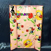 """Пеленатор мягкий стандартный, пеленальная доска на кроватку """"Пчелки"""" розовый, фото 1"""