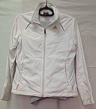 Женский спортивный костюм Adidas, размер S.