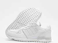 Кроссовки детские Adidas ZX700 белые (адидас)