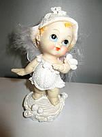 Ангелочек белый - сувенирная статуэтка