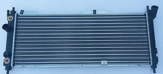 Радиатор охлаждения Opel Combo 1993-2000 (1.4-1.6 16V АКП) 680*278мм по сотах KEMP