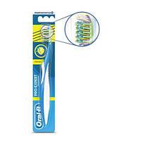 Зубная щетка Oral-B комплекс антибактериальная 40 средняя 1 шт.