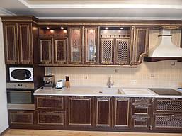 Кухня  деревянным фасадом  «Эксклюзив» в классическом стиле