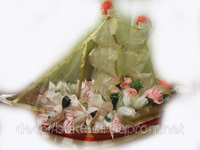 """Букет из конфет""""Корабль с орхидеями"""""""