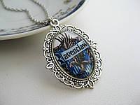 Кулон герб Когтеврана из Гарри Поттера, медальон на цепочке (серебристый цвет, ручная работа)