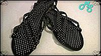 Женские черные тапочки в горошек