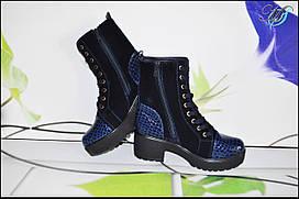 Женские сапоги со шнуровкой с каблуком