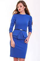 Изящное летнее платье модного фасона в цвете электрик