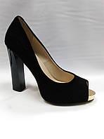 Нарядные туфли с открытым носиком на каблуке  и платформе в 3 вариантах.