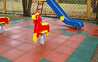 Травмобезопасная  резиновая плитка для детских площадок., фото 1