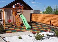 Резиновая плитка для детских игровых комплексов.