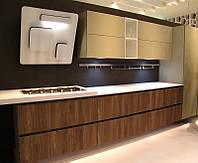 Кухня в современном стиле в светло-золотом цвете
