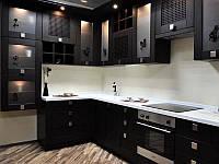 """Кухня в современном стиле """"Черный лотос"""" в чёрно-белом цвете с иероглифами"""