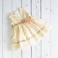 Красивое нарядное платье для девочки. Размеры  2 г, 3 г.