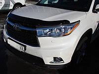 Дефлектор капота (мухобойка) на Тойота Хайлендер с 2014>  (на крепежах) SIM.