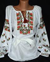 Вышитая яркая блуза крестиком  с узором розочек