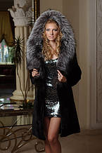 Шуба з мутону з обробкою з фінської чорнобурки Mouton fur coat trimmed / decorated with Finnish silverfox