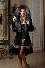 Шуба з мутону і фінської чорнобурки Mouton fur coat with Finn silver fox trim