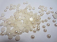 Полубусина (жемчуг половинка)  5 мм кремовая перламутровая, 50 шт./уп.