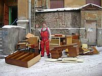 Вывоз старой мебели - Харьков. Утилизация мебельного хлама!