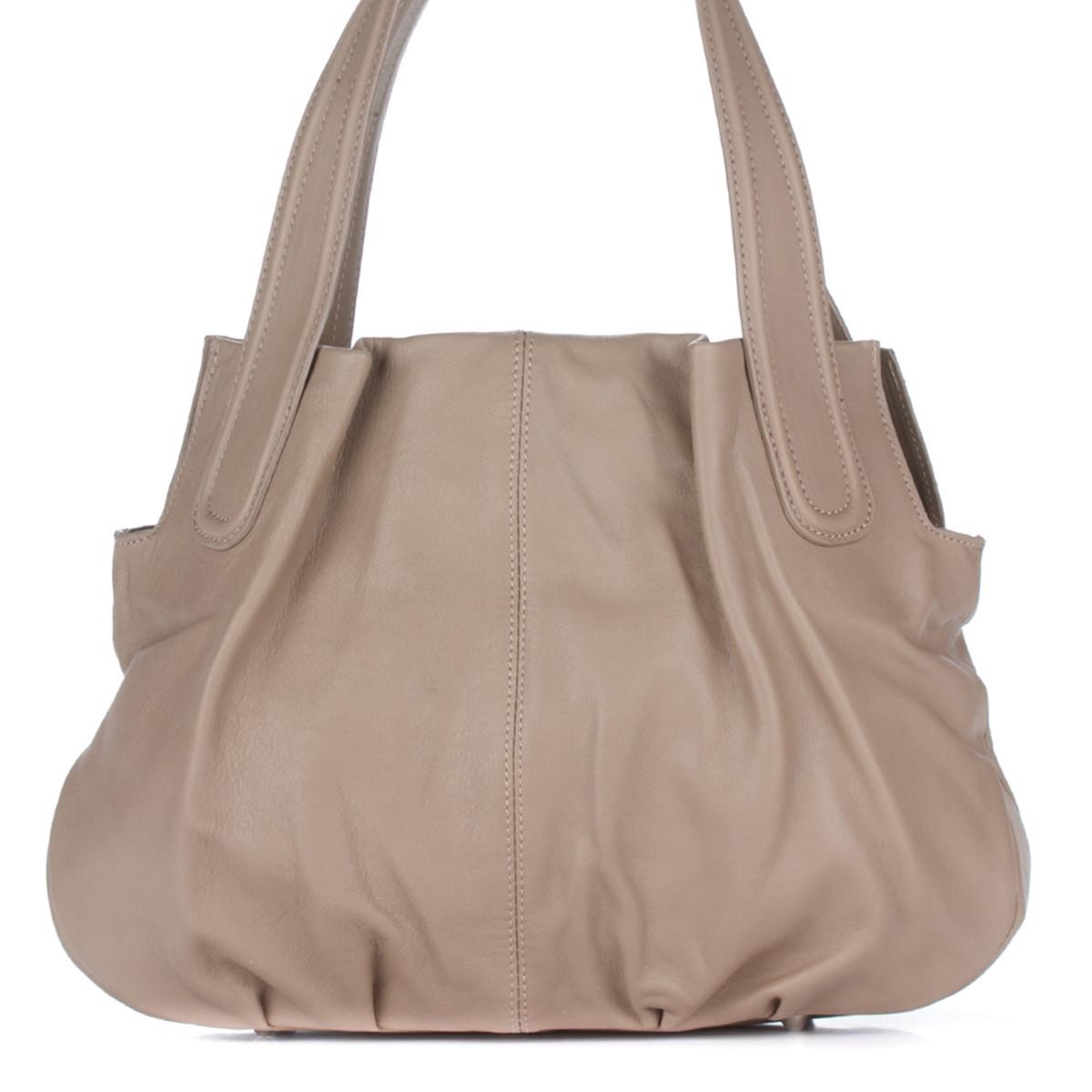 Женская кожаная сумка 8216 бежевого цвета Италия