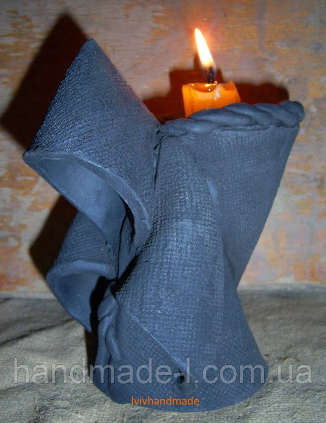 Підсвічник - монах ручної ліпнини глиняний