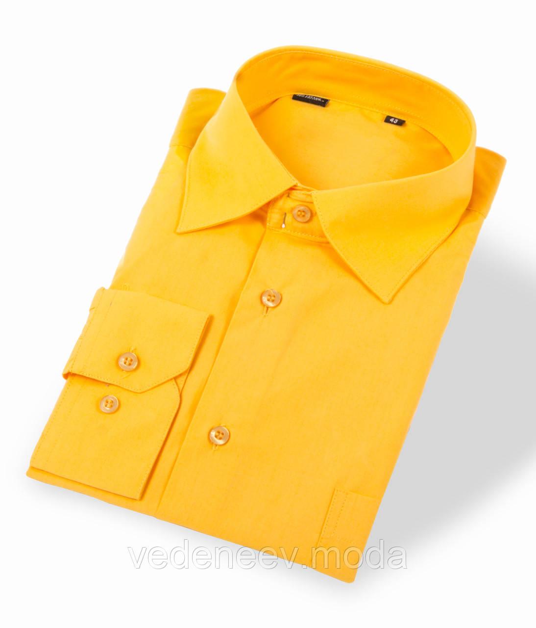 Желтая мужская рубашка